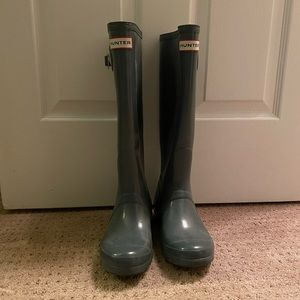 Gray Hunter Rainboots Size 7 Good Condition